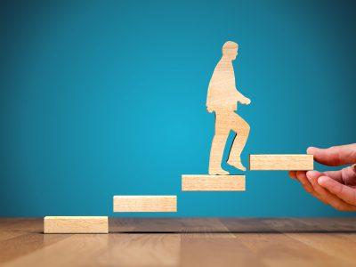 Sie wünschen sich eine berufliche Veränderung? Sie planen einen Jobwechsel oder Neuanfang, es fehlt aber noch der Mut bei der Umsetzung?  Sie sind zufrieden, wünschen sich aber Unterstützung?